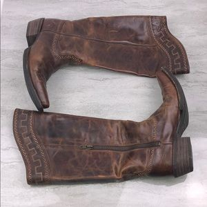 Ariat Women's Sahara Zip Western Boots